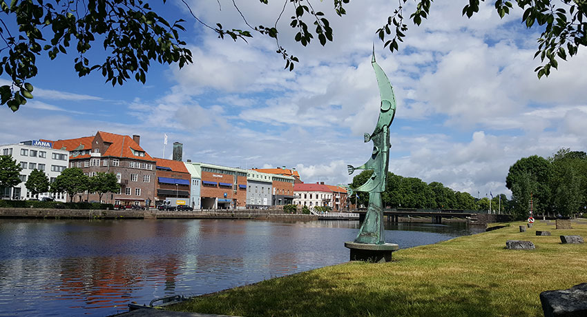 "The artwork ""Salmon goes up"" by Walter Bengtsson in Halmstad"