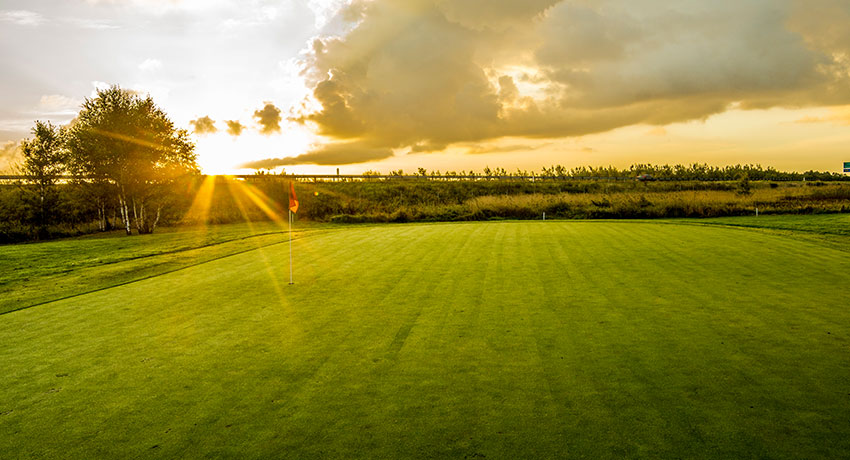 Sunset over Strandtorps golf club